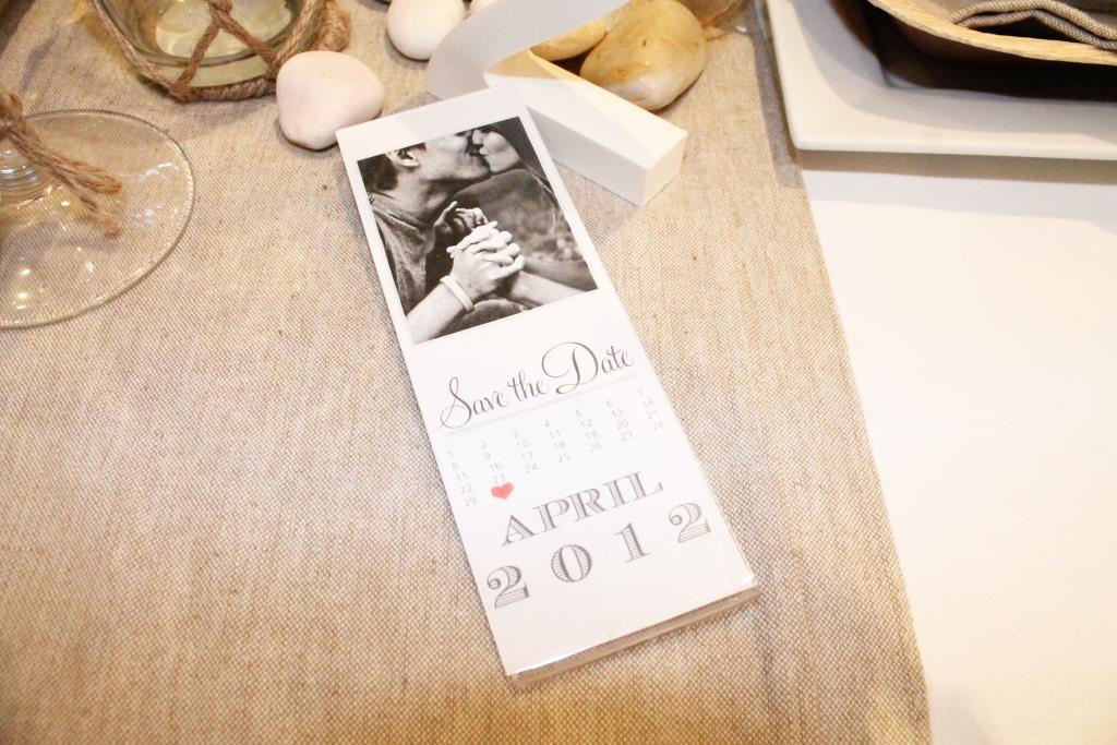 Add to your Photobooth theme with Save the date or invite Photostrip + Frame
